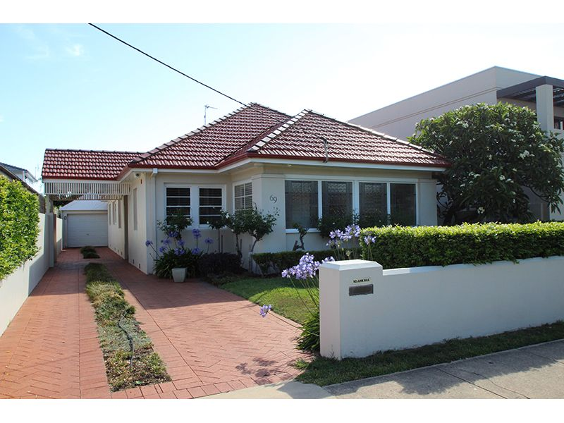 69 Parkway Avenue, Cooks Hill NSW 2300, Image 0
