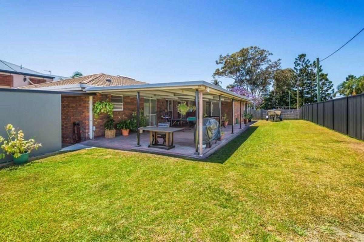 39 Ashbourne Terrace, Biggera Waters QLD 4216, Image 0