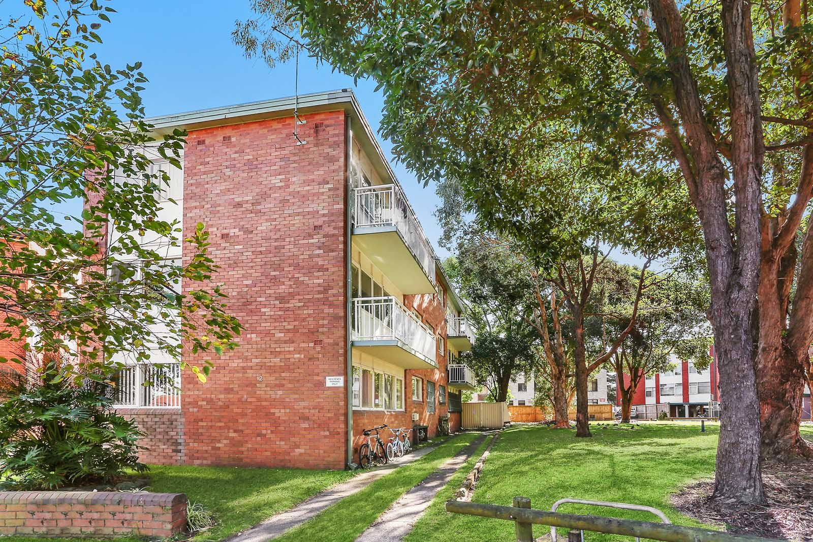 4/2 O'Rourke Crescent, Eastlakes NSW 2018, Image 0