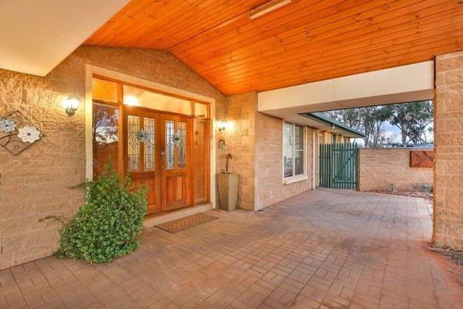 Picture of 12 Little Cowra Road, YELTA VIC 3505