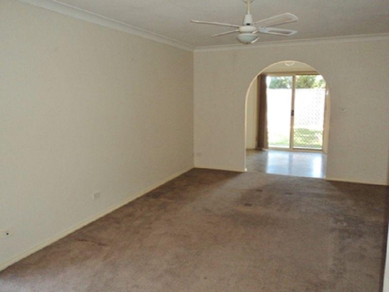 1/45 Acacia Avenue, Ruse NSW 2560, Image 2