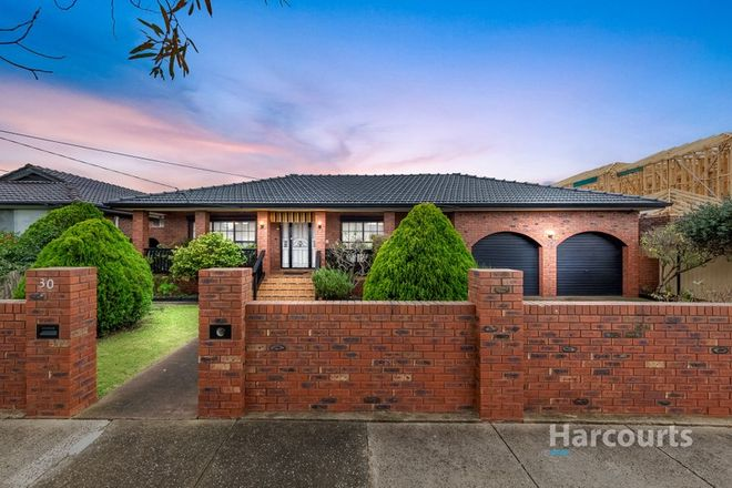 Picture of 30 Jefferson Street, ST ALBANS VIC 3021
