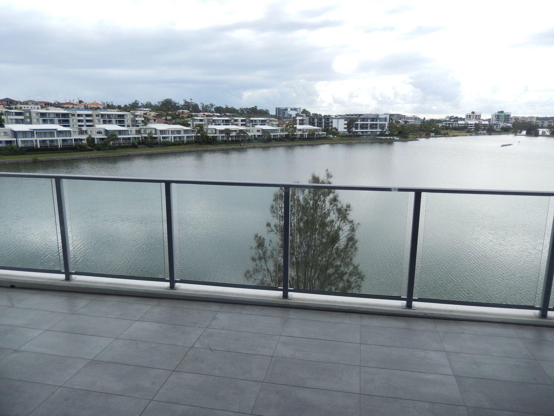 Christine Ave, Varsity Lakes QLD 4227, Image 0