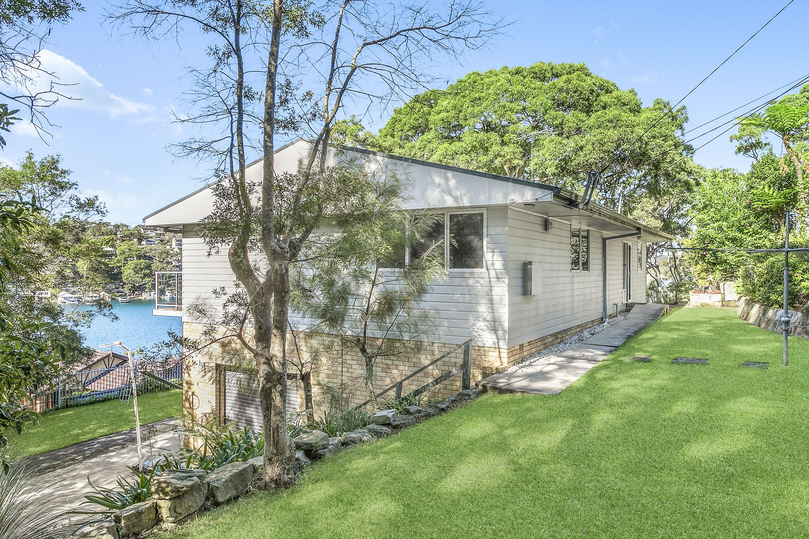 4 Coora  Road, Yowie Bay NSW 2228, Image 1
