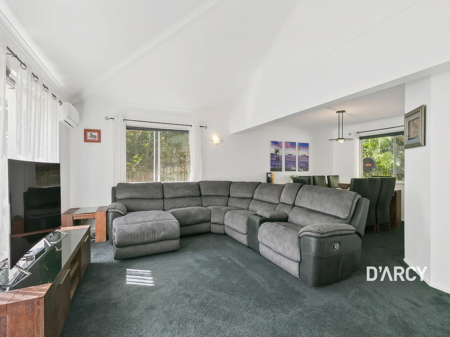 3 Wollundry Place, The Gap QLD 4061, Image 2