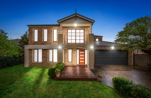 Picture of 7 Flowerfield Court, Berwick VIC 3806