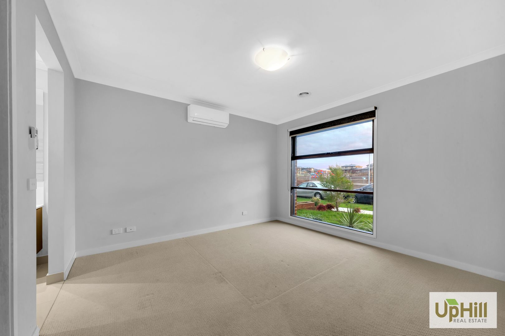 17 Blundy boulevard, Clyde North VIC 3978, Image 1