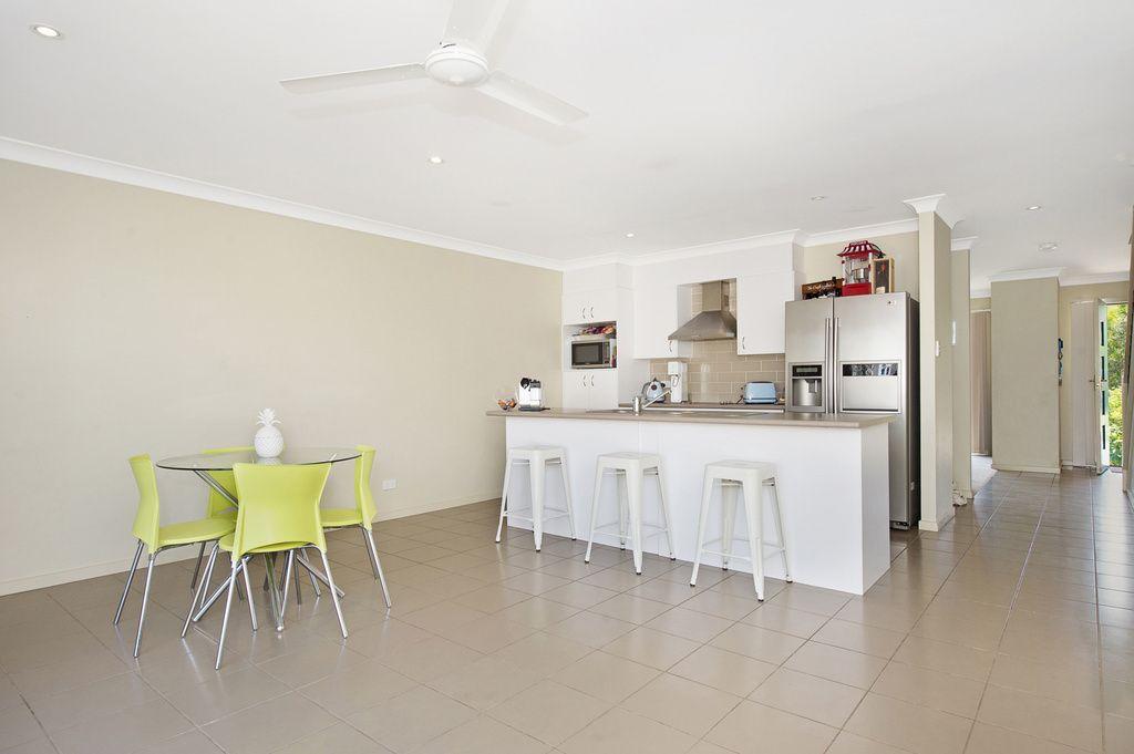 4/5 Park Esplanade, Coomera QLD 4209, Image 2