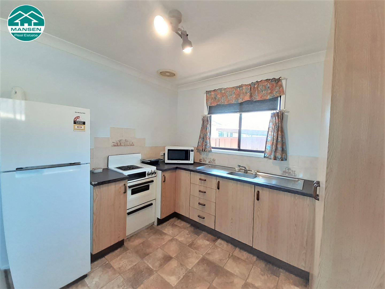 39 Uranus Road, Padstow NSW 2211, Image 2