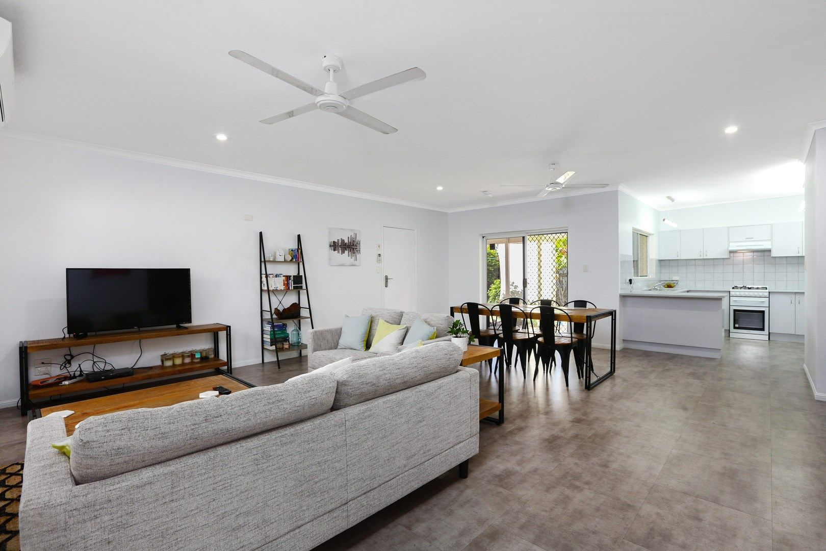4 Delta View Close, Freshwater QLD 4870, Image 0