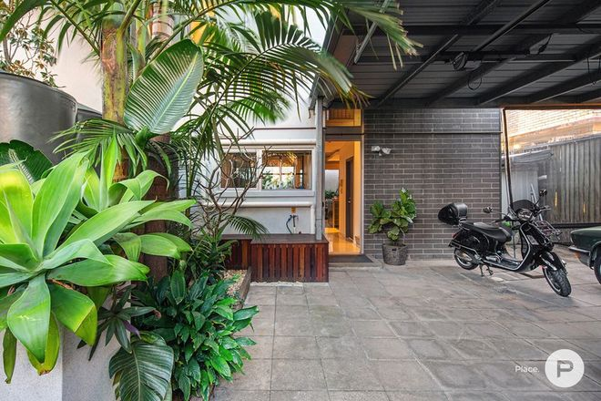 Picture of 6 Hutton Street, CLAYFIELD QLD 4011