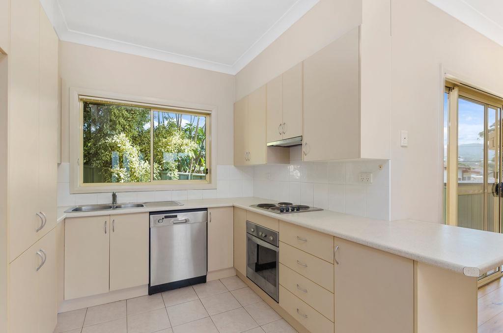 2A Yuill Avenue, Corrimal NSW 2518, Image 1