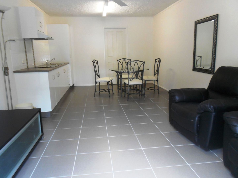 217B Lake Street, Cairns North QLD 4870, Image 0
