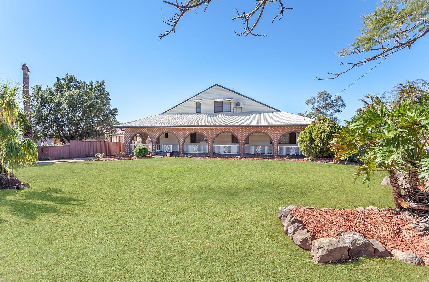 8 Kensington Drive, Withcott QLD 4352, Image 0