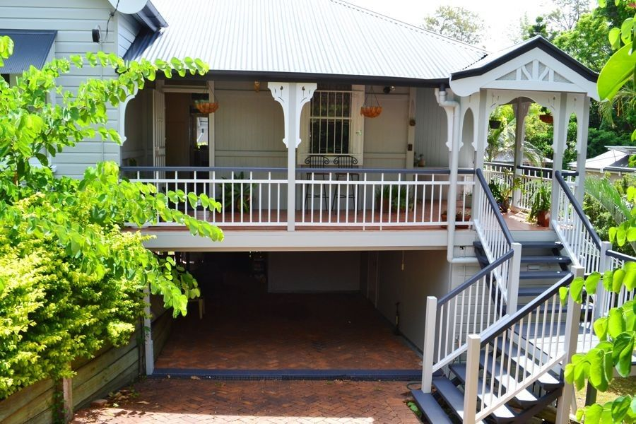 17 Hazelwood Street, Highgate Hill QLD 4101, Image 0