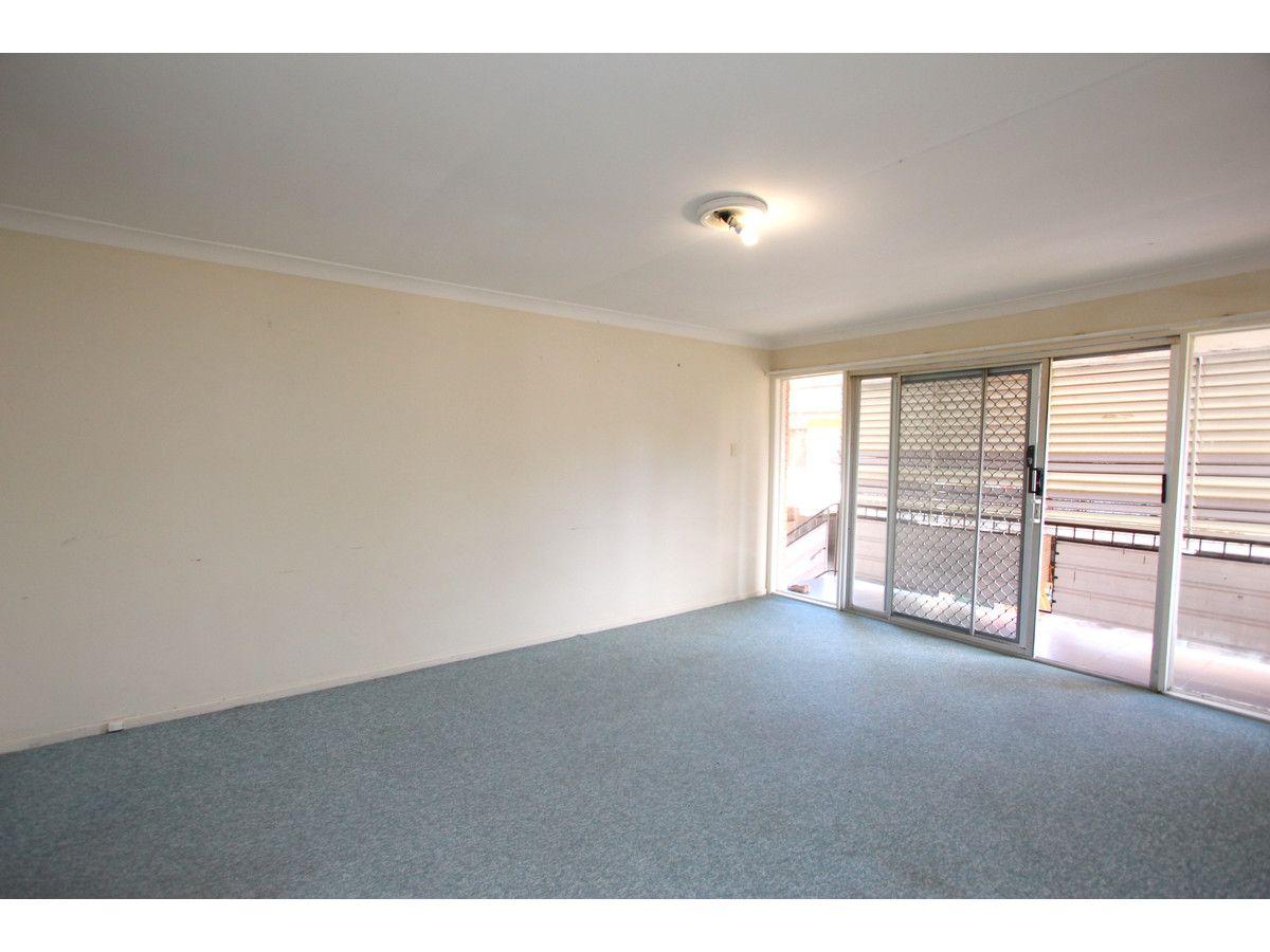 2/21 Harty Street, Coorparoo QLD 4151, Image 2