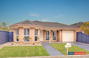 Picture of 22 Clarendon Wynd, Caroline Springs VIC 3023