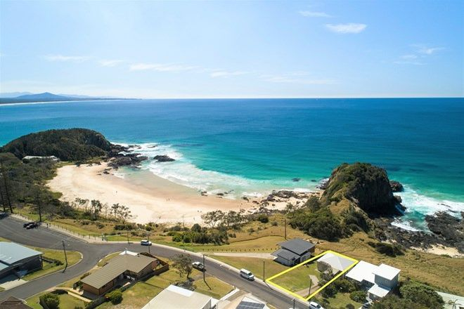 Picture of 24 Matthew Street, SCOTTS HEAD NSW 2447