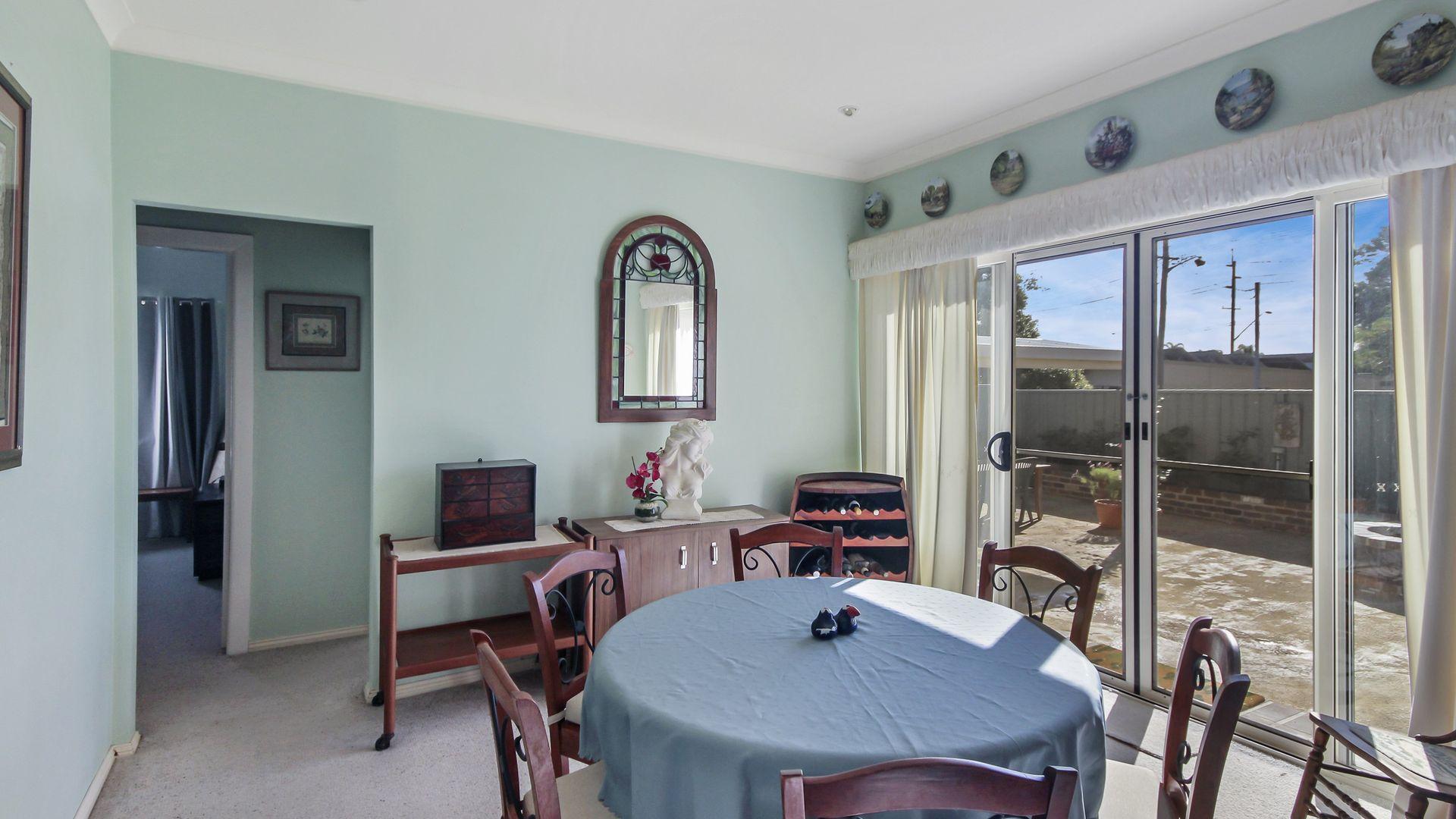 15 Hume Boulevard, Killarney Vale NSW 2261, Image 2