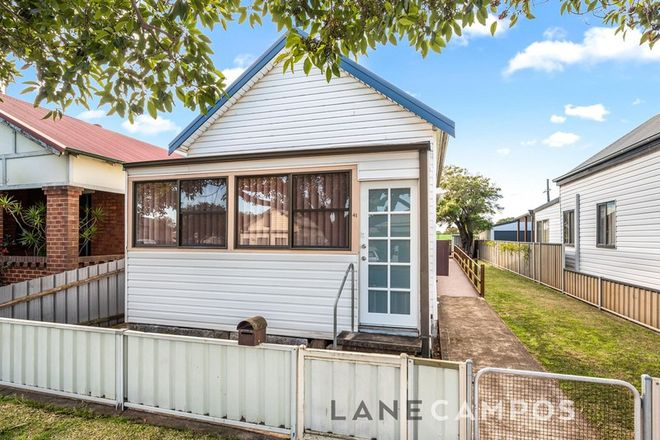 Picture of 41 Emerald Street, HAMILTON NORTH NSW 2292