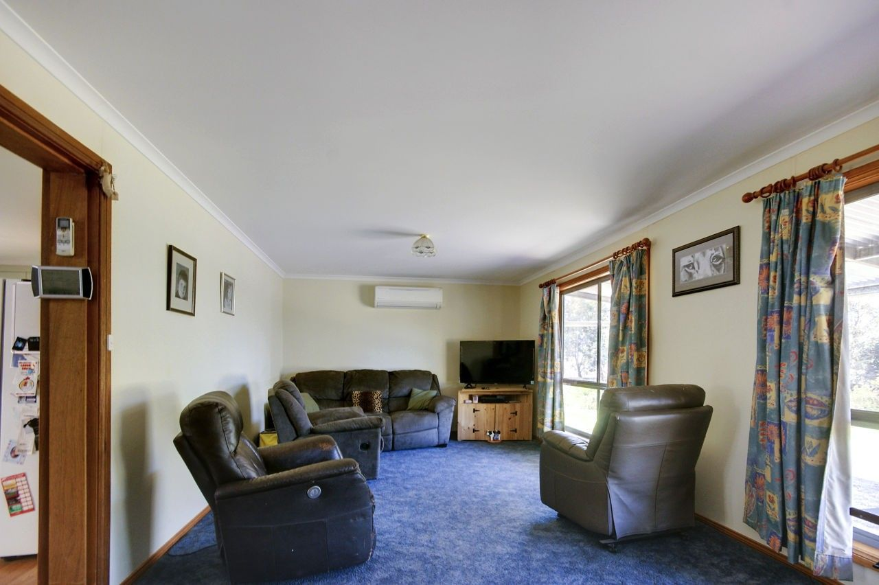 31 Fawns Rd, Deniliquin NSW 2710, Image 2