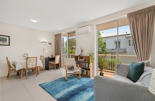 Picture of 2/9 Norwood Street, Toowong QLD 4066