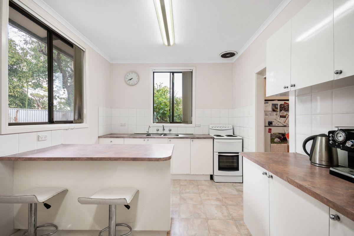 55 Seacombe Road, Seacombe Gardens SA 5047, Image 2