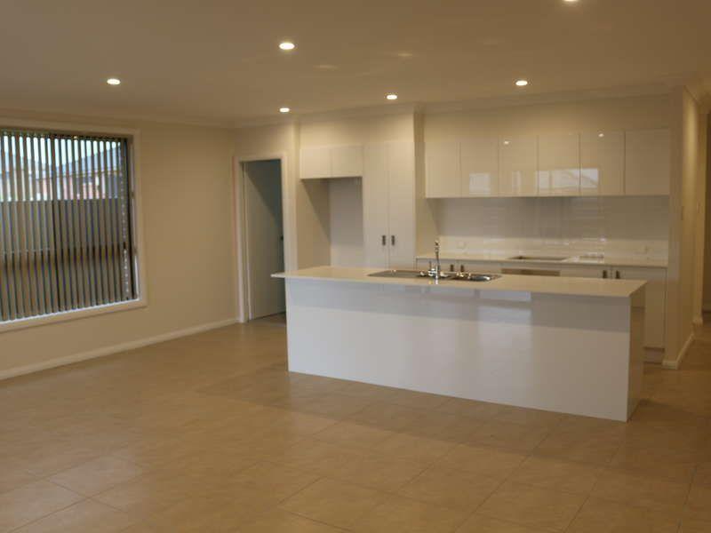 3 Bowe Place, Oran Park NSW 2570, Image 1