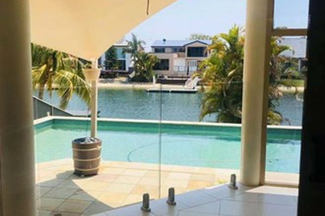 Picture of 51 T E Peters Drive, BROADBEACH WATERS QLD 4218