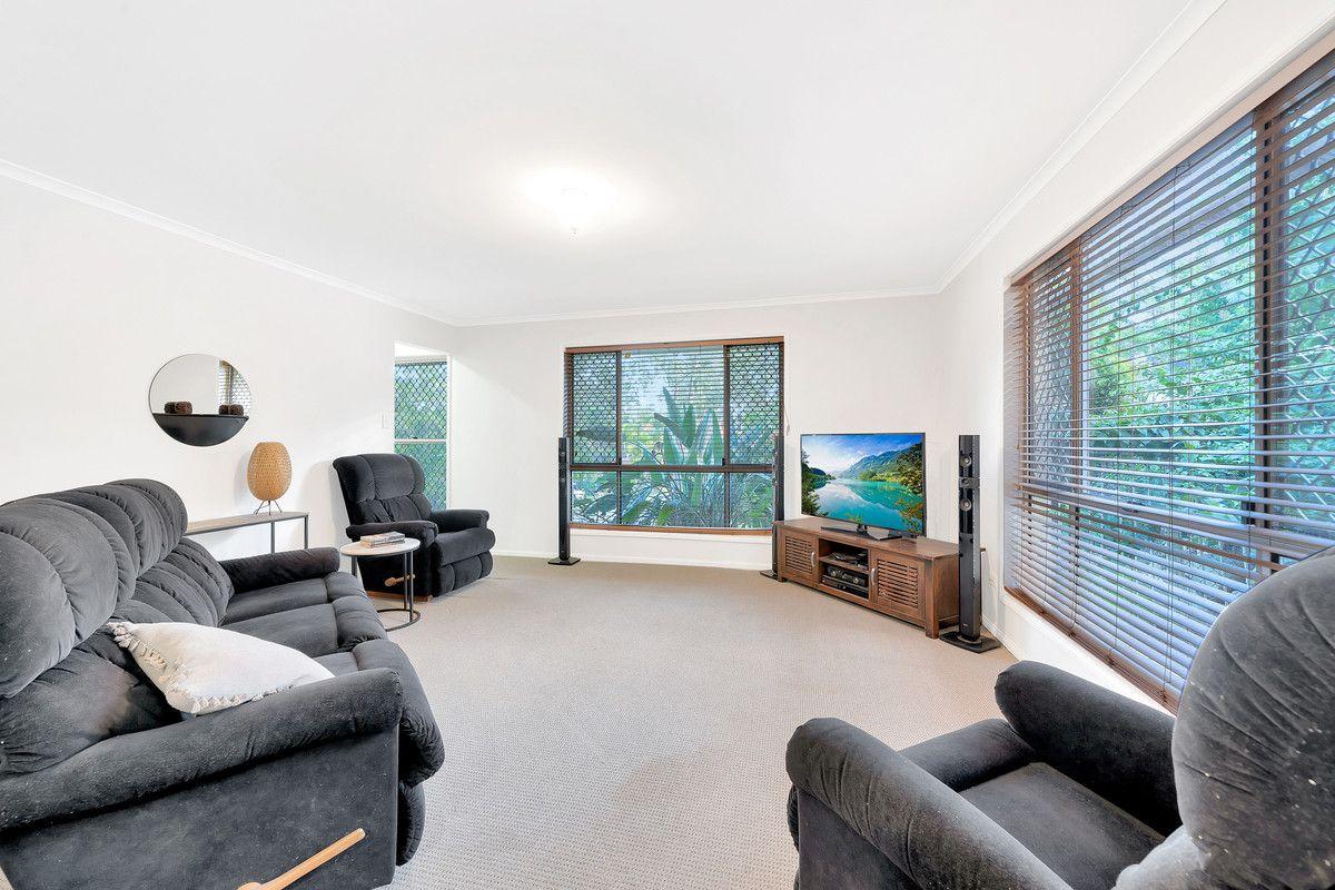 6 Buttler Street, Bellbird Park QLD 4300, Image 2