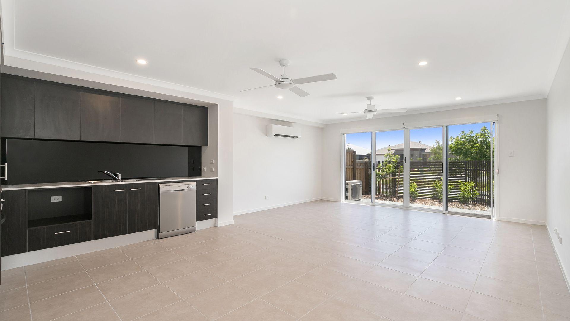 370 Gainsborough Drive, Pimpama QLD 4209, Image 1