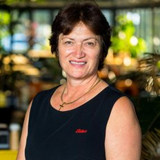 Rayna Kirikino, Sales representative