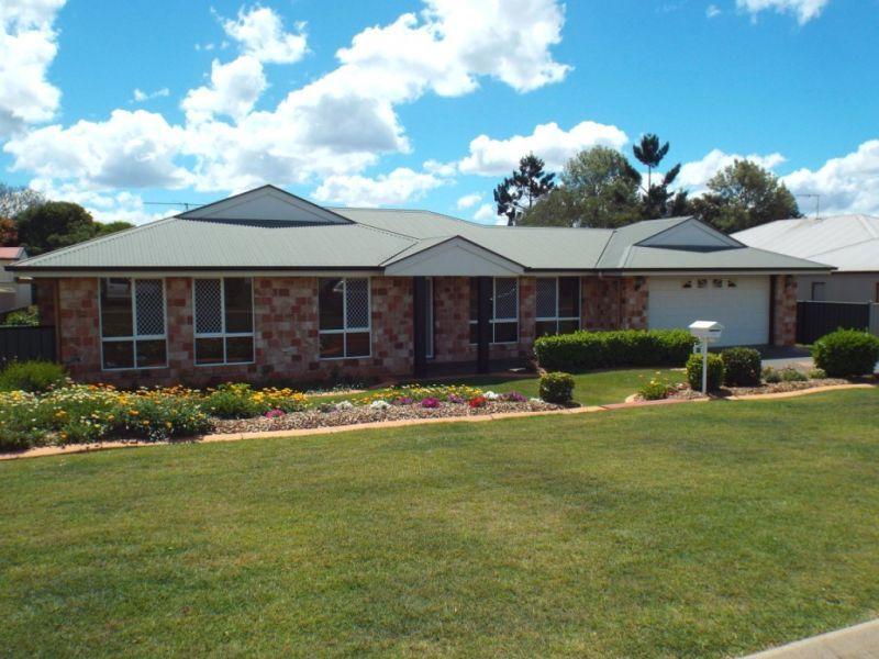 13 Avocado Crescent, Kingaroy QLD 4610, Image 0