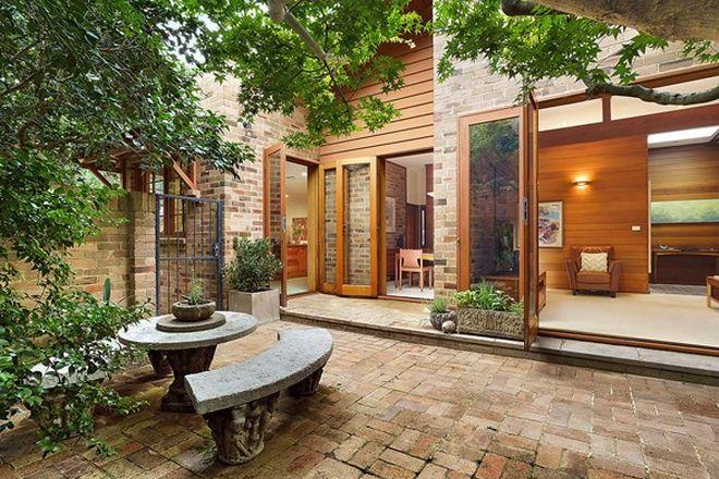 Picture of 6 Gowan Brae Avenue, OATLANDS NSW 2117