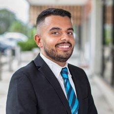 Faraz Pierzad, Property Associate