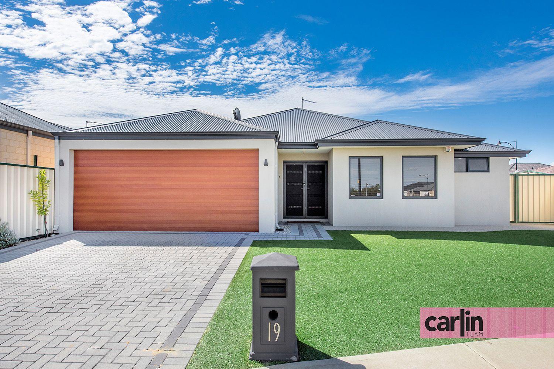 19 Eucalyptus Drive, Hammond Park WA 6164, Image 2