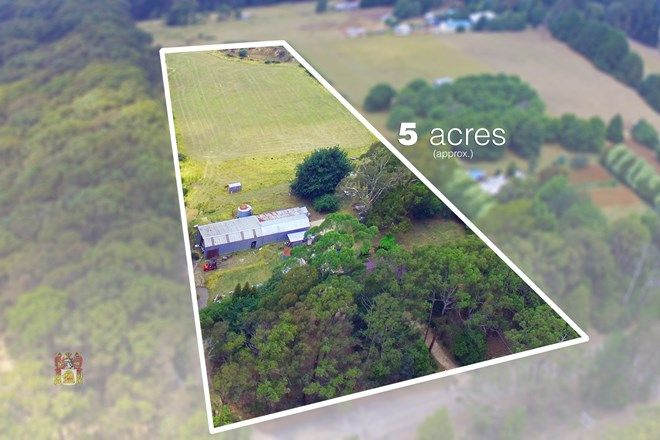 Picture of 196 Watsons Road, KINGLAKE WEST VIC 3757