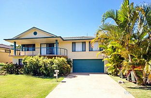 Picture of 17 Bluewater Place, Sapphire Beach NSW 2450