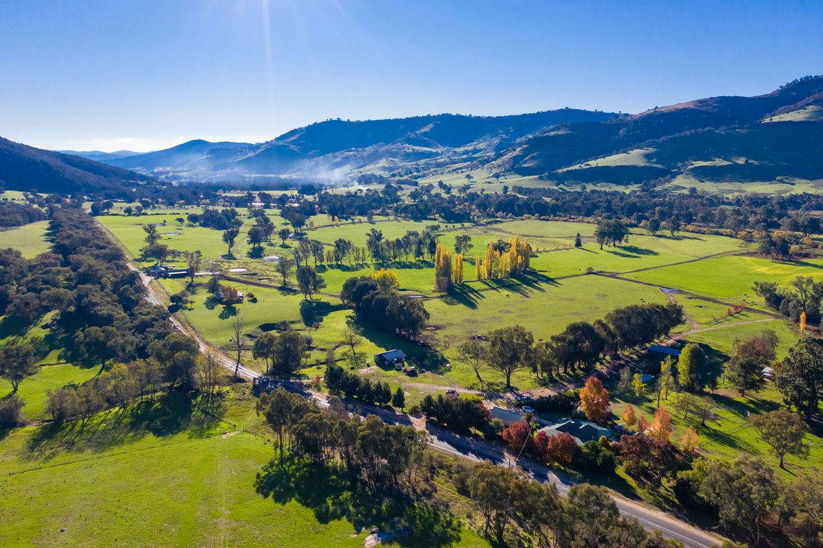 10087 Murray River Road, Pine Mountain VIC 3709, Image 0