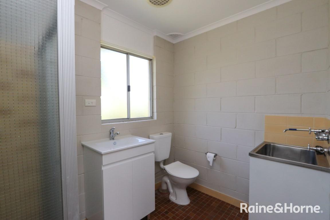 2/99 Rankin Street, Bathurst NSW 2795, Image 2