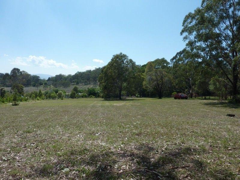 42 Happy Valley Road, Cabarlah QLD 4352, Image 2