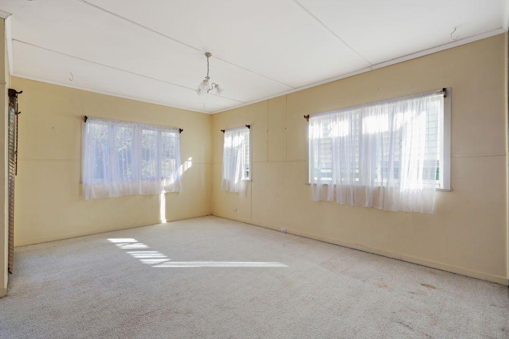 73 Mawson Street, Stafford Heights QLD 4053, Image 2