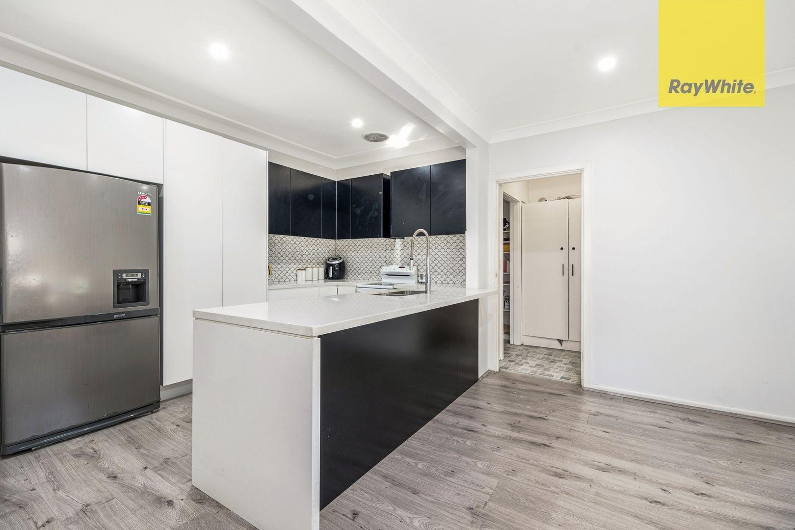 318 Excelsior Street, Guildford NSW 2161, Image 2