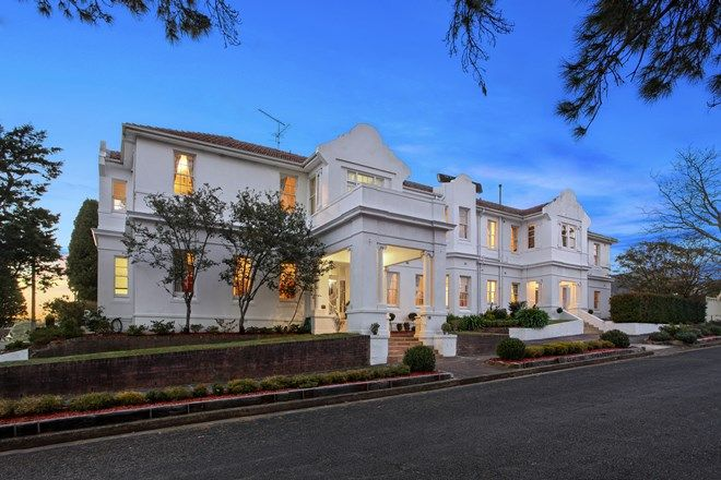 Picture of 19 Abbotsford Road, KATOOMBA NSW 2780