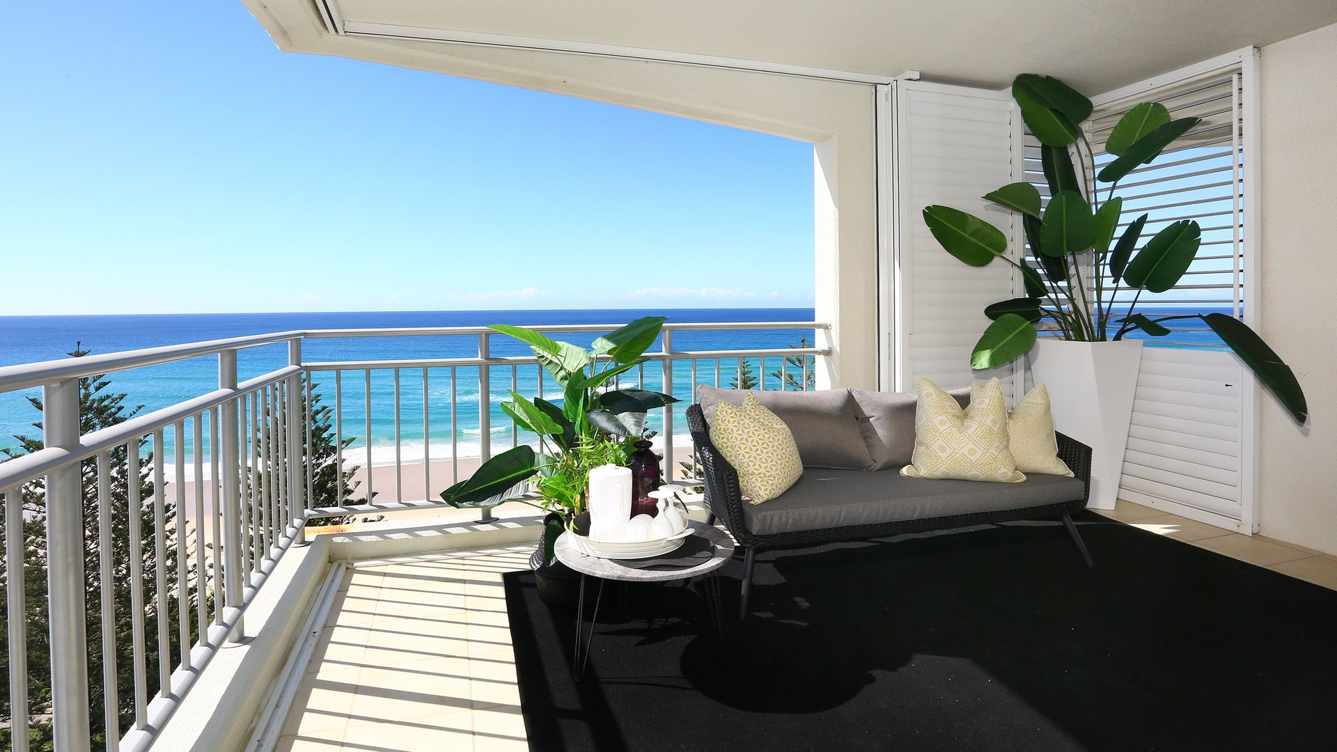 28/186 The Esplanade, Burleigh Heads QLD 4220, Image 1