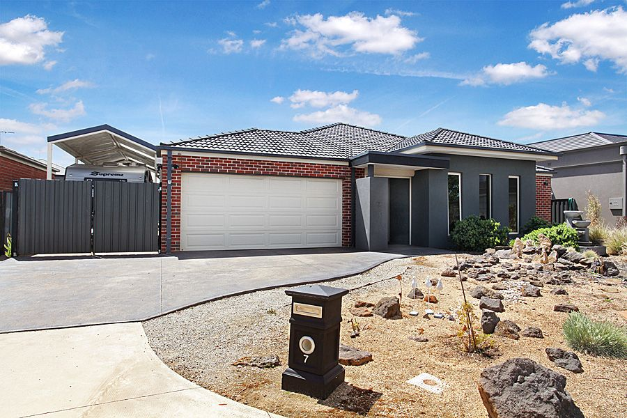 7 Japonica Way, Point Cook VIC 3030, Image 0