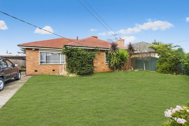 Picture of 4 Harmon Avenue, ST ALBANS VIC 3021