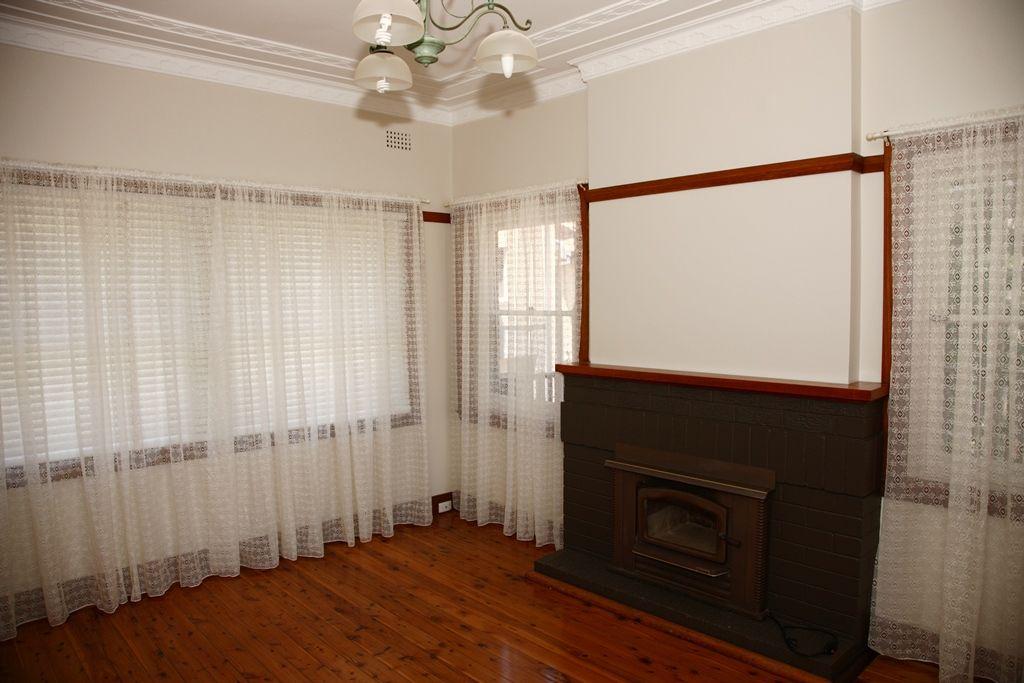 16 Florence Avenue, Denistone NSW 2114, Image 2
