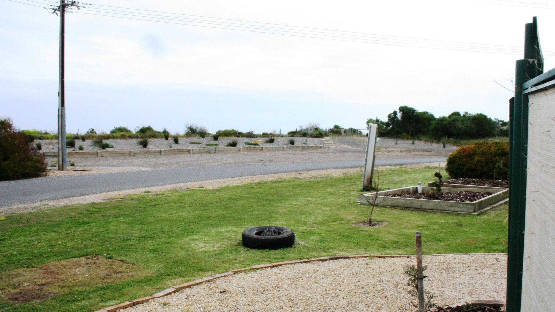 8 Bayview Road, Hardwicke Bay SA 5575, Image 2