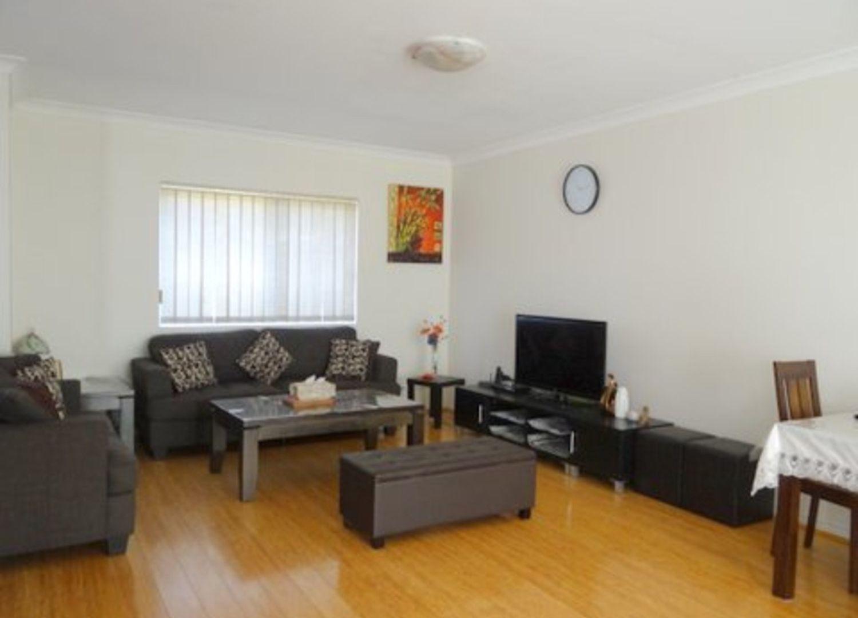2/1 Brisbane Street, Harris Park NSW 2150, Image 2